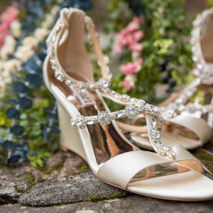 badgley mischka wedding wedges with gemstones