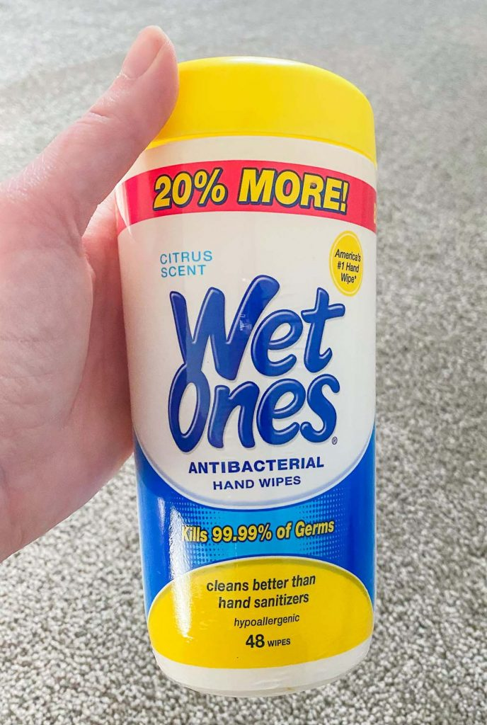 wet ones antibacterial handwipes